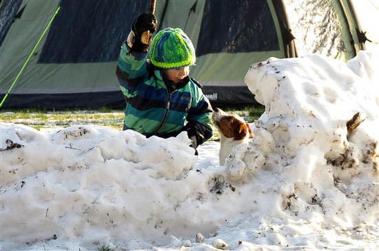 Så leges der i sneen