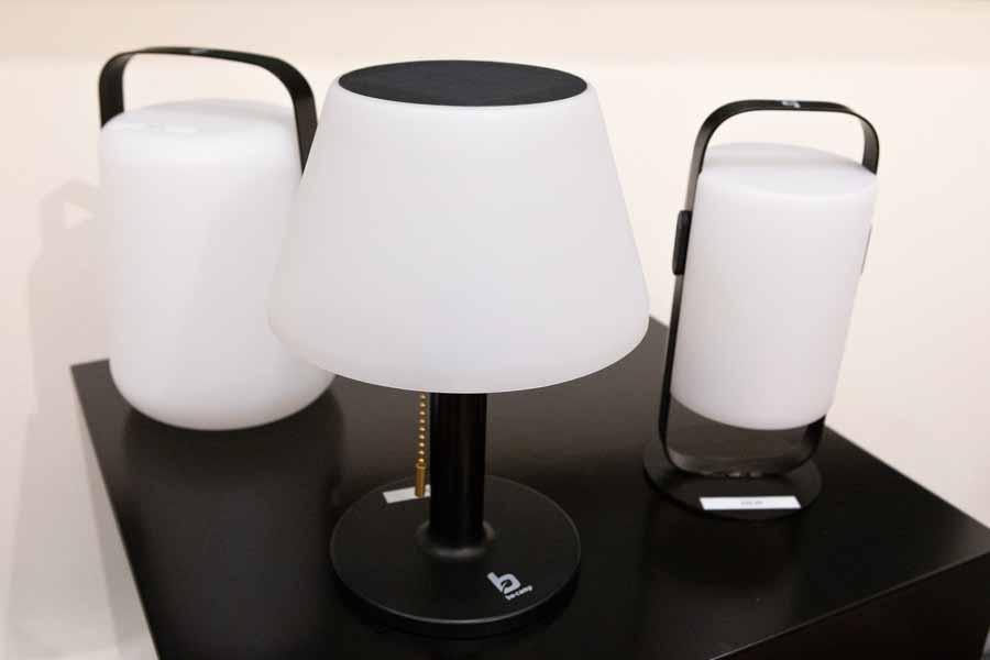 solarbordlampe ranger campinglampe kan oplades med solenergi eller usb-lader