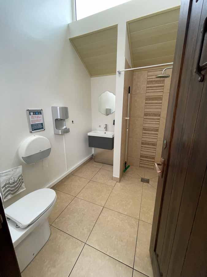 Bad - og toilet faciliteterne er blevet opgraderet