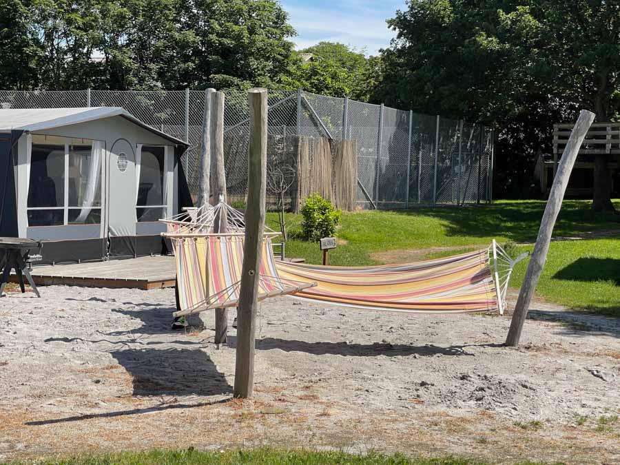 På First Camp Bogense City kan man komme tilbage til naturen